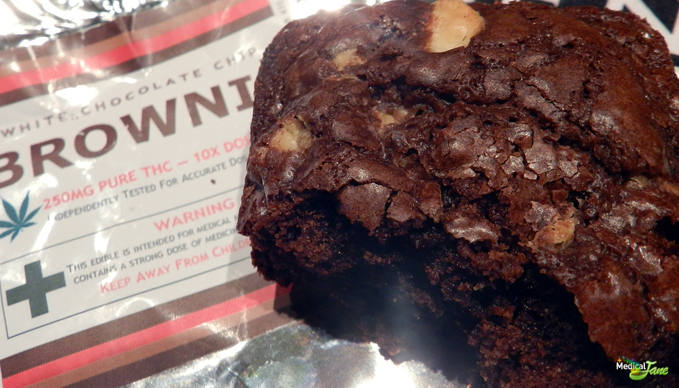 White Chocolate Chip Brownie from Truly Edibles