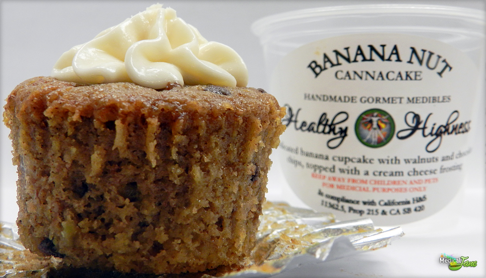 Banana Nut Cake from Healthy Highness