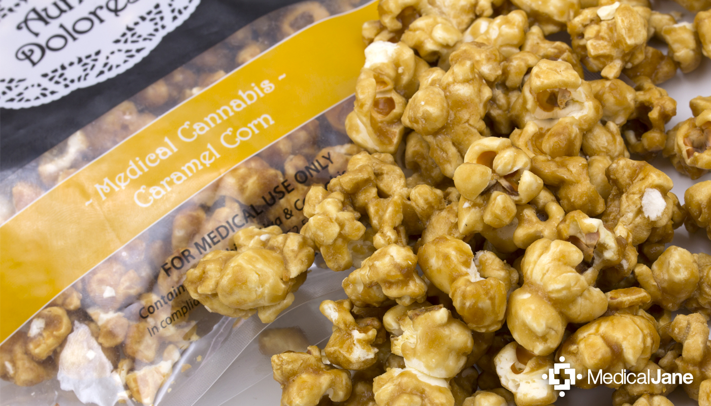 Caramel Popcorn from Auntie Dolores